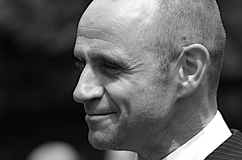 EVAN LOVES TAXES (Evan Davis photographed by Steve Punter)