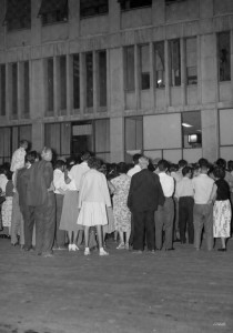 Public viewing of television on the streets of Belgrade, 23 August 1958. Photo courtesy of the Television Belgrade Programme Archive.